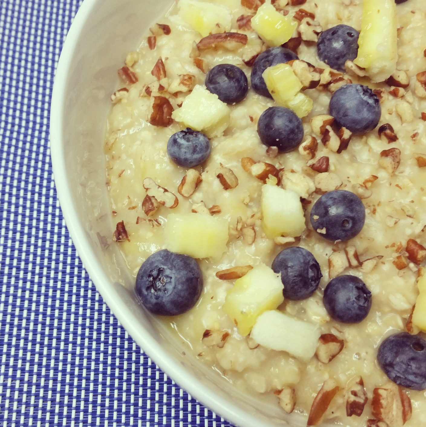 Banana Blueberry Oatmeal + Introducing Oatmeal Week